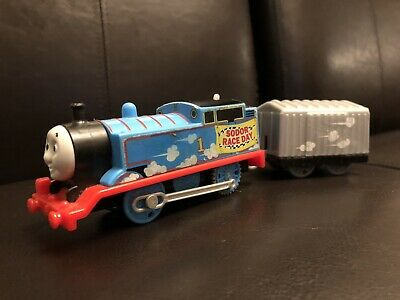 Thomas Trackmaster Motorized SODOR RACE DAY Set Gray Cargo Car Train Engine