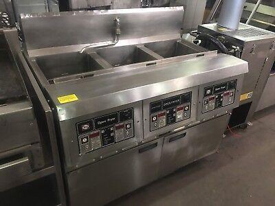 Henny Penny Electric 3 Bay Open Fryer W Filter Digital Programmable Controls
