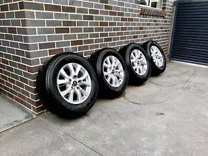 "Toyota Landcruiser 18"" Sahara/vx 200 series wheels rims tyres GENUINE"