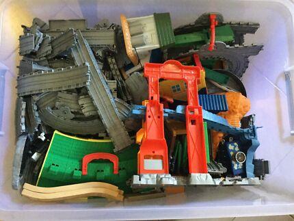Thomas the Tank Engine Tracks & Train Sets