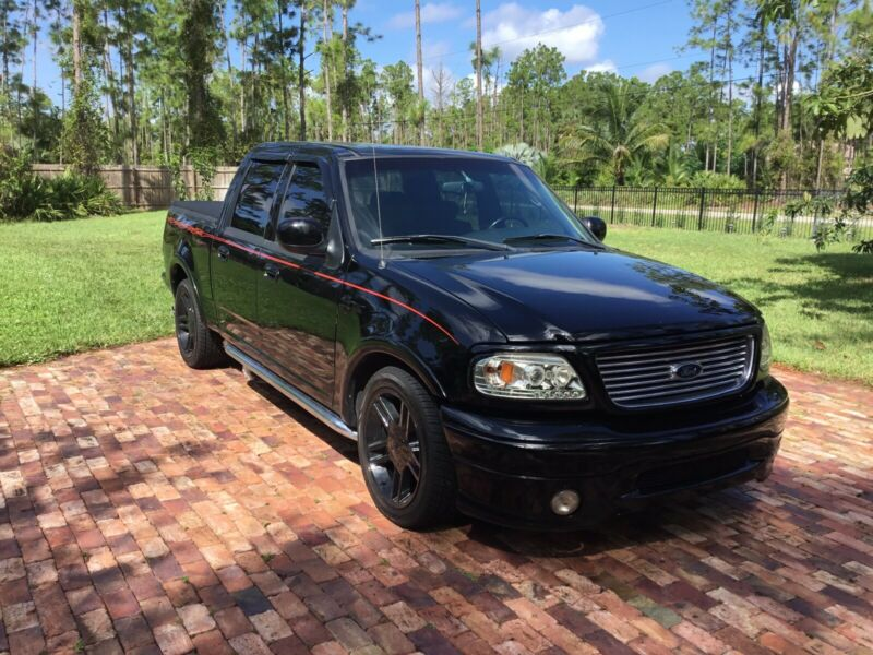 2002 Ford f-150 Harley-Davidson edition 5.4 Supercharged.
