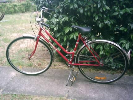 Ladies 27 inch Retro Style Road Bike