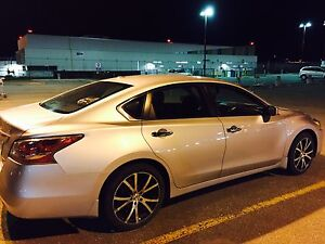 Nissan Altima 2015 - under warranty