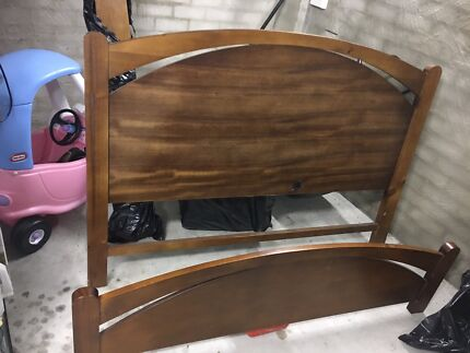 Solid wood frame Queen size bed