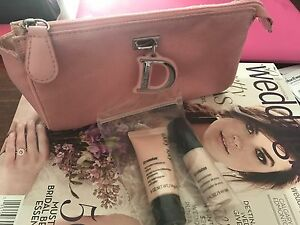 $ 20 lot of 3 Dior cosmetic bag ,Mary Kay microdermabrasion set