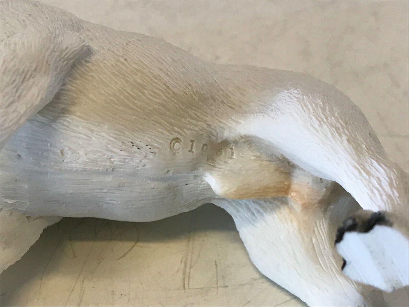 Bulldog anglais figurine debout blanc & résine marron