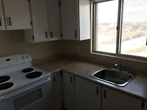2 bedroom apartment- lease takeover