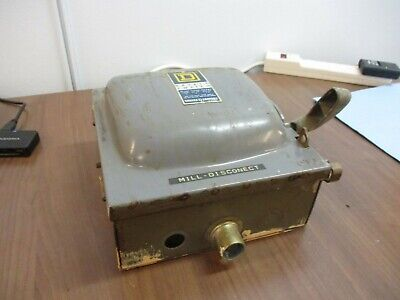 Square D Fusible Safety Switchdisconnect H 3231 N 30a 240v Used