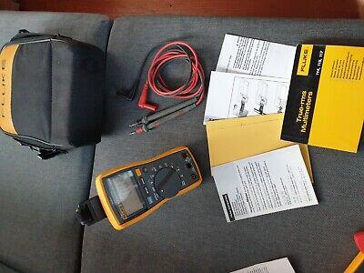 Genuine Fluke 117 True Rms Ac Dc Digital Electrical Multimeter Lcd Screen