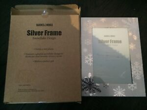 Silver snowflake picture frame