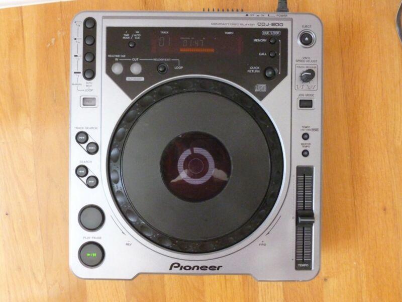 PIONEER DJ compact disc player model CDJ-800