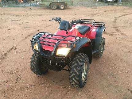 Quad buggy and bikes
