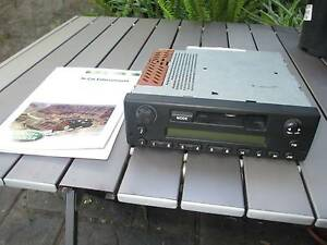 LANDROVER DEFENDER  RADIO / CASSETTE PLAYER Golden Grove Tea Tree Gully Area Preview