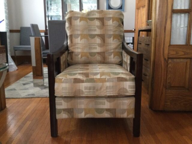 living room armchair  chairs  recliners  kitchener