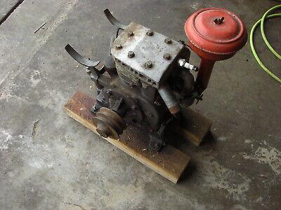 Vintage Briggs Stratton Model B 4 Cycle Motor Type 300276