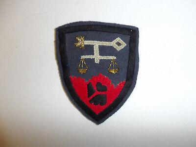 b1676 WW 2 US Army Nuremberg War Trials patch occupation Officer Bullion R9B