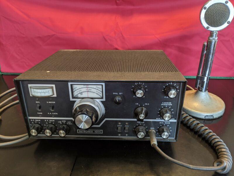 Vintage Siltronix 1011c HAM radio with Astatic D-104 Microphone