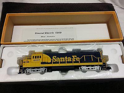 American Models S Gauge Santa Fe U25B Diesel Engine