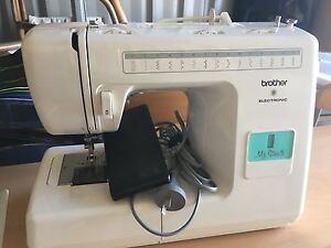 Brother Sewing Machine Tuncurry Great Lakes Area Preview