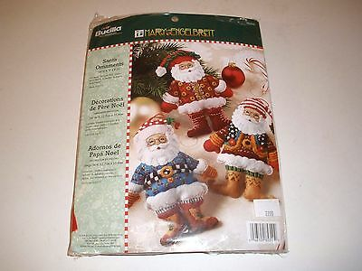 Bucilla SANTA ORNAMENTS Mary Engelbreit Felt Christmas Kit makes 6  RARE 85310