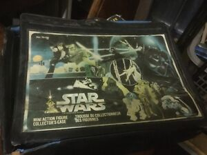Star Wars 1977 mini action figure carrying case