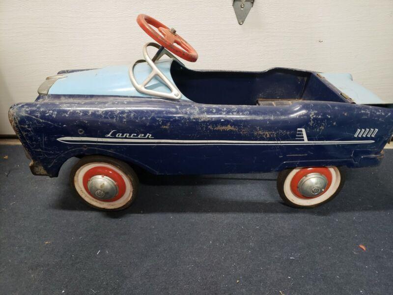 ORIGINAL MURRAY LANCER PEDAL CAR