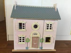 Le Toy Van - Wooden Doll House Bay Tree
