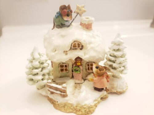 Wee Forest Folk Christmas Cottage M-311c 2006