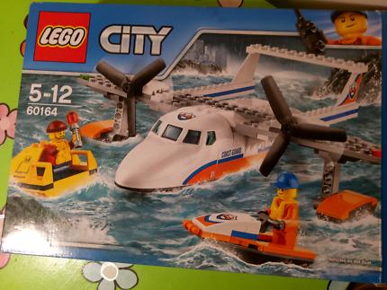 Lego life guard boat