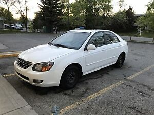 2009 Kia Spectra LX - Satellite Radio - NEW Condition - Low KM