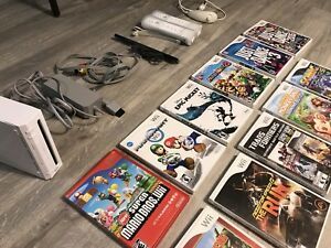 Nintendo Wii Collection console & games lot