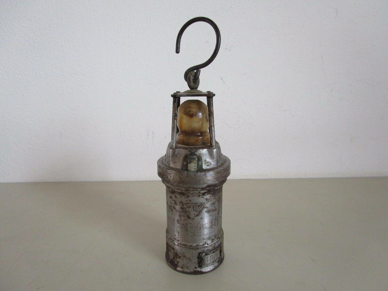 alte Grubenlampe AkkuBergbaulampe elektrische Wetterlampe F W Typ 1099