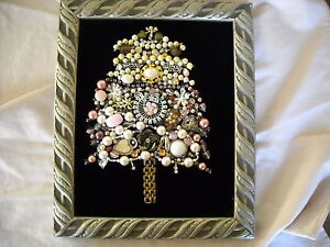pink-shabby-n-chic-rhinestone-christmas-tree-picture-decoration-vintage-jewelry
