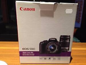 Canon EOS 550D with twin lenses Camden Park West Torrens Area Preview