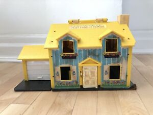 Vintage Fisher Price House and People
