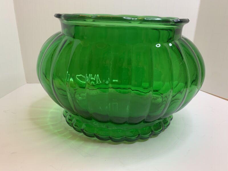 VTG Kelly Green Ribbed Oval Vase/planter Scalloped