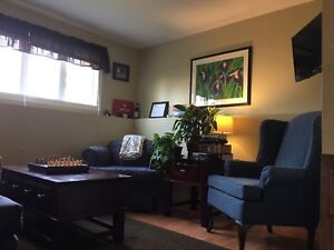 TWO BEDROOM APARTMENT IN PARADISE FOR OCTOBER 1