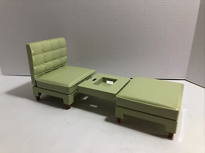 Barbie Totally Real House Green Chair and Ottoman Sofa Bed 2005