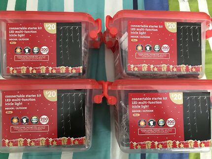 NEW - 800 Connectable LED Icicles Christmas x 4 packs of 200 lights