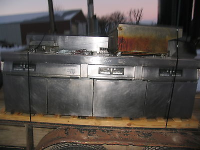Frymaster 4 Bay Fryer With Filtration Gas Fried Chicken Fries Pitco Four