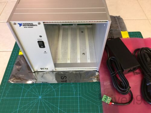NI National Instruments SCXI-1000DC 4-Slot Chassis, 182564H-01, ***DC INPUT***