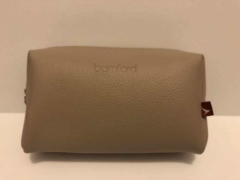 [CATHAY PACIFIC] [CX] Business Class Amenity Kit by Bamford