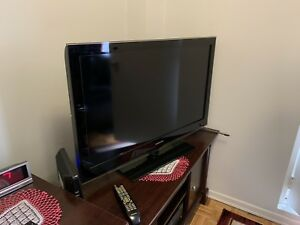 "Samsung TV (40"" Full HD)"