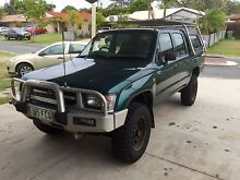TOYOTA HILUX 1999 , 2.7 Petrol 4x4 .. Tidy Truck Rothwell Redcliffe Area Preview