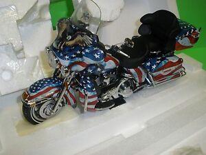 Harley-Davidson-ULTRA-CLASSIC-ELECTRA-GLIDE-Patriotic-Ed-Franklin-Mint-B11E308