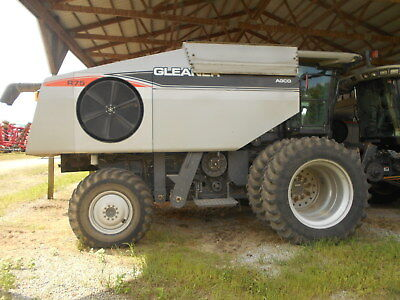 2008 Gleaner R75 Combine Ht72135 Separator Hours 1324 Snht72135