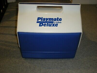 Playmate Deluxe by Igloo cooler box
