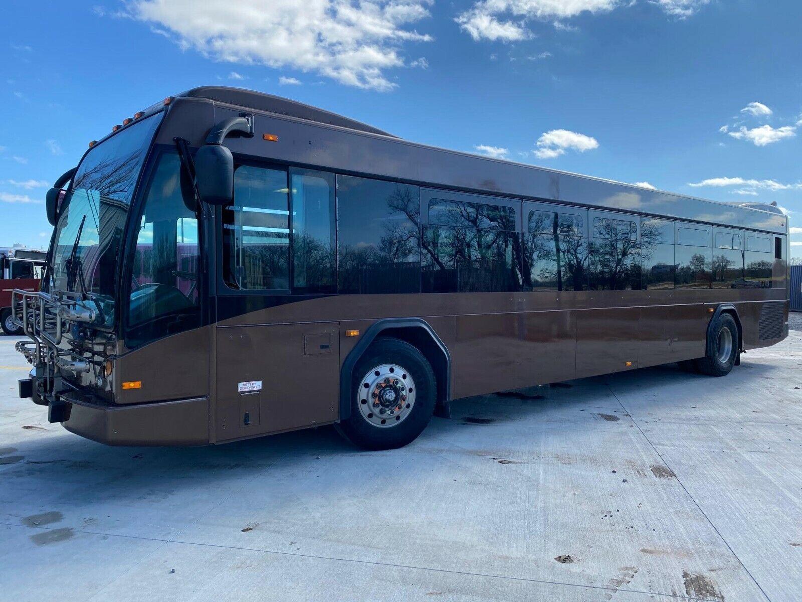 2006 Gillig BRT Low Floor Transit Bus RV Coach MCI Party Bus Skoolie