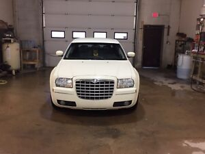 2005 Chrysler 300 AWD ( 3.5 V6)