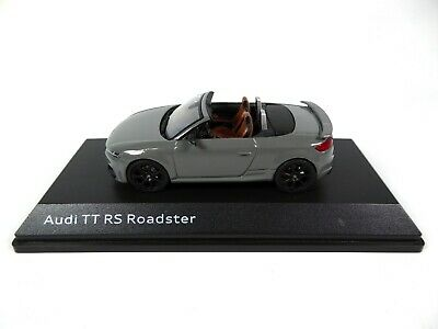 Audi TT RS Roadster Nardo Grey 1:43 iScale - Dealer Pack Model Car Diecast 10531